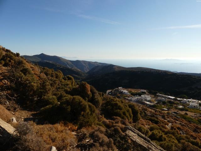 Rundumblick vom Pass südlich des Fanari bei Apiranthos